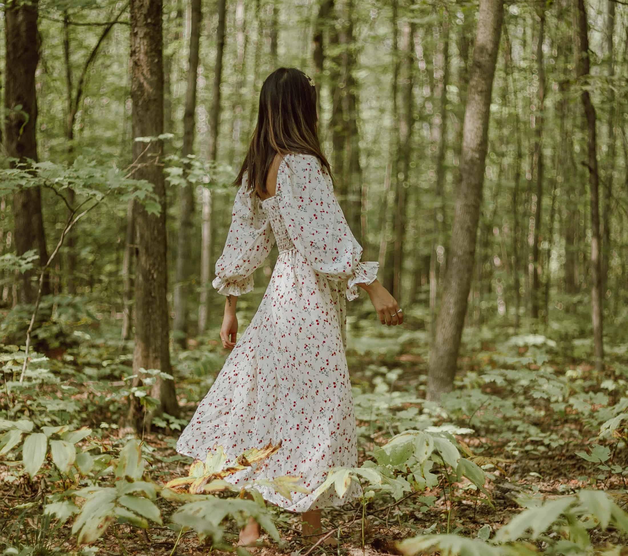 Bezpieczny spacer po lesie, czyli jak odstraszyć od siebie kleszcze?