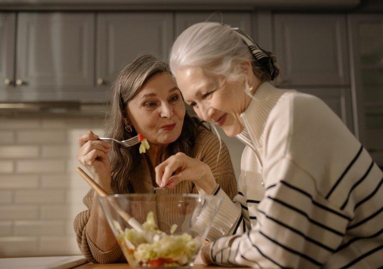 Czy siwieniu można zapobiegać dietą?