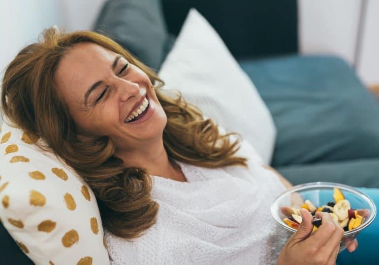 W jakie składniki odżywcze powinna być bogata dieta dojrzałej kobiety, która chce utrzymać swój wewnętrzny (i zewnętrzny) blask?