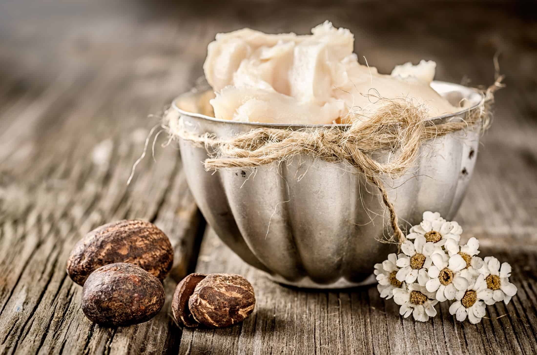 Jak masło shea wpływa na skórę i włosy?