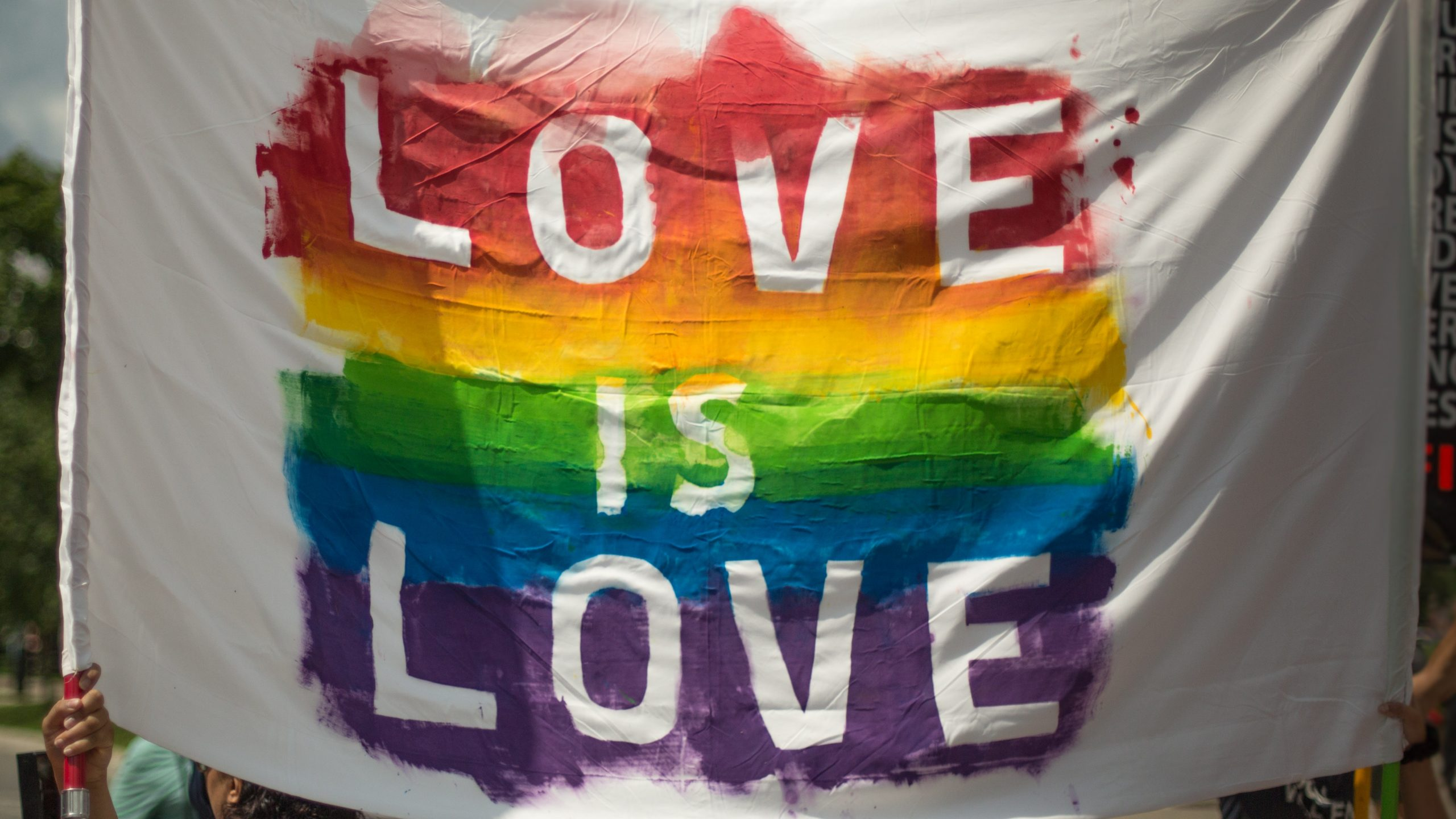 5 marek, które wspierają społeczność LGBT